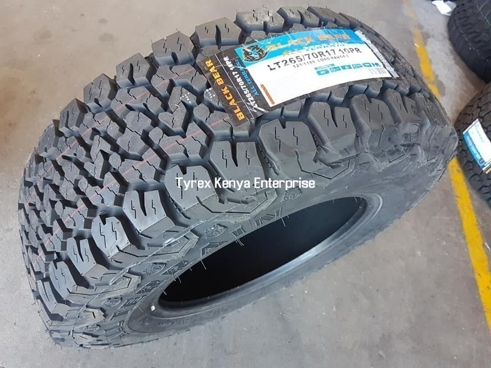 BLACK BEAR ALL TERRAIN 265/70/R17